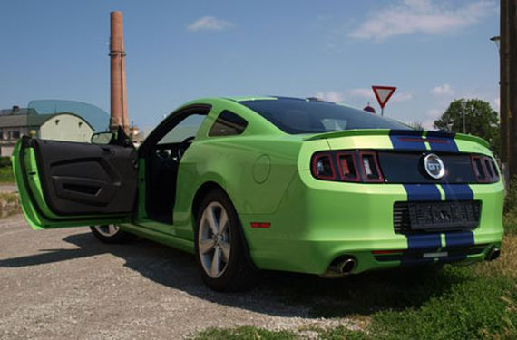 Ford Mustang Tagestour bei Wien