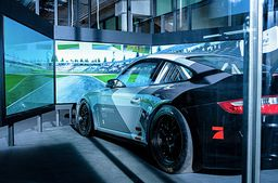 Porsche 911 GT3 Cup Rennsimulator in Berlin